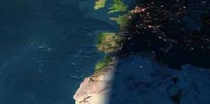 Europa und Afrika, Sonnenuntergang aus dem Weltraum